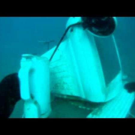 Айтишник под водой)